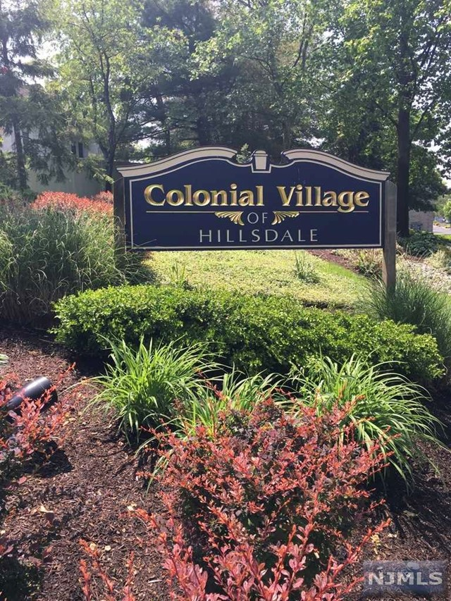 46 Colonial Village Dr Pascack Valley Home Listings - Susan Laskin Real Estate